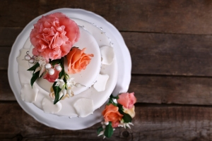 pindrop saco wedding cake