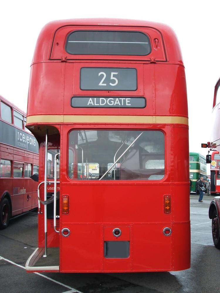 Aldgate bus